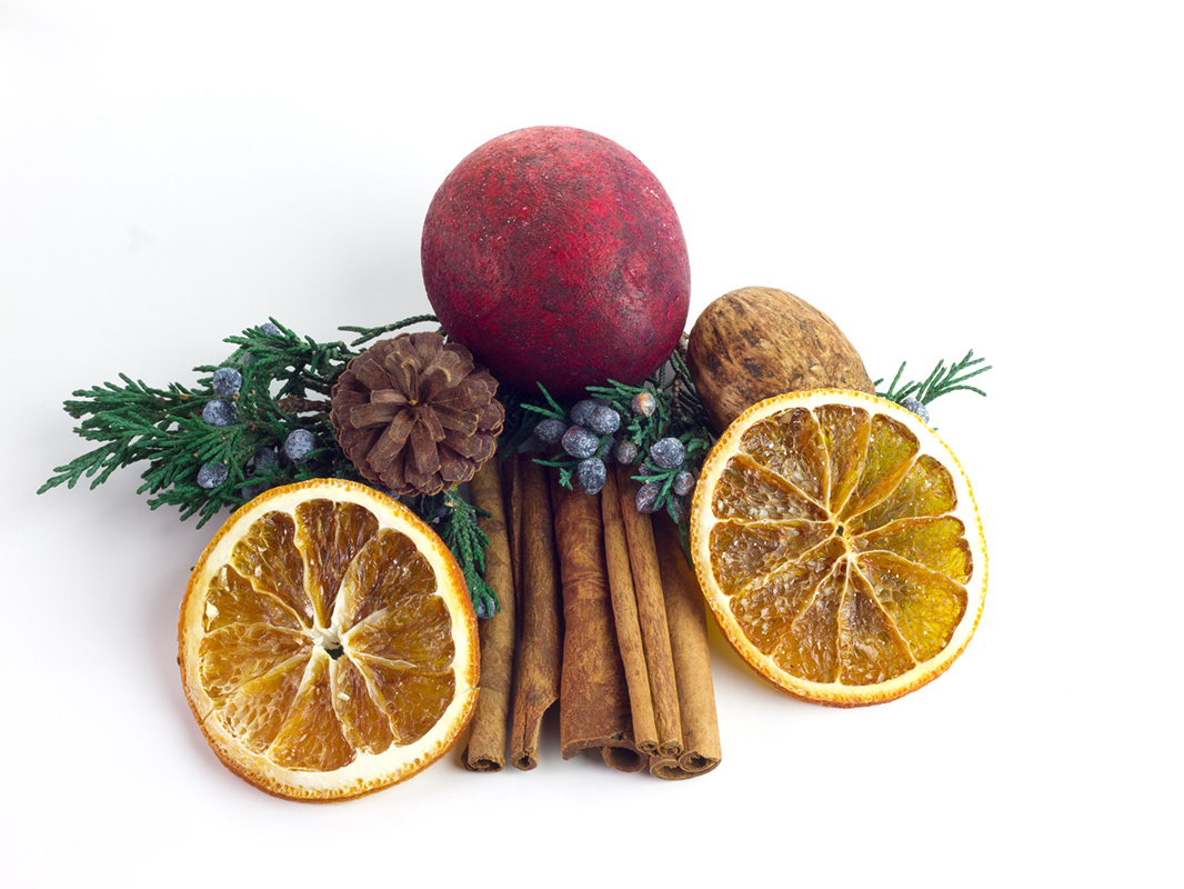 How to Make Cranberry Orange Christmas Potpourri