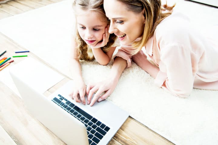 How to Homeschool and Grow a Business From Home