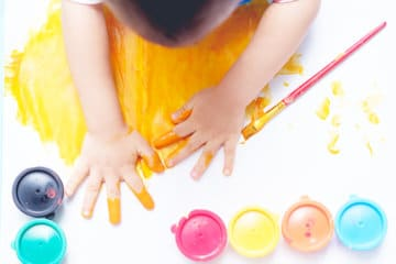 8 Surprising Ways to Raise Creative Toddlers