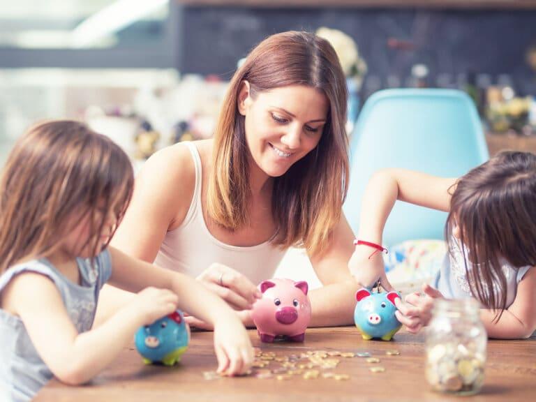 Teaching Kids About Saving Money This Summer