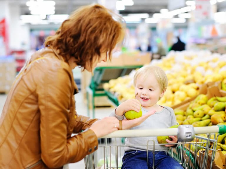 6 Easy Ways to Save Time Buying Groceries as a Busy Mom