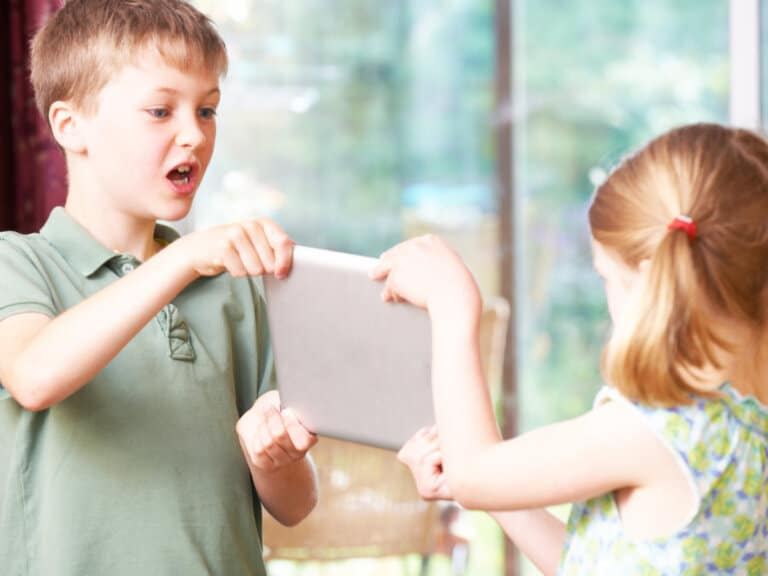 5 Simple and Effective Sibling Conflict Resolution Activities to Try Right Now